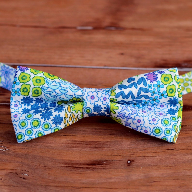 Boys wedding bow tie floral bow tie summer bow tie ring image 0