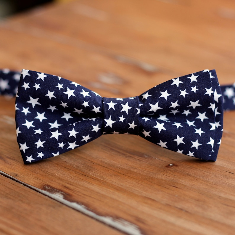 Boys Navy Blue Stars Bow Tie  blue and white star bowtie  image 0