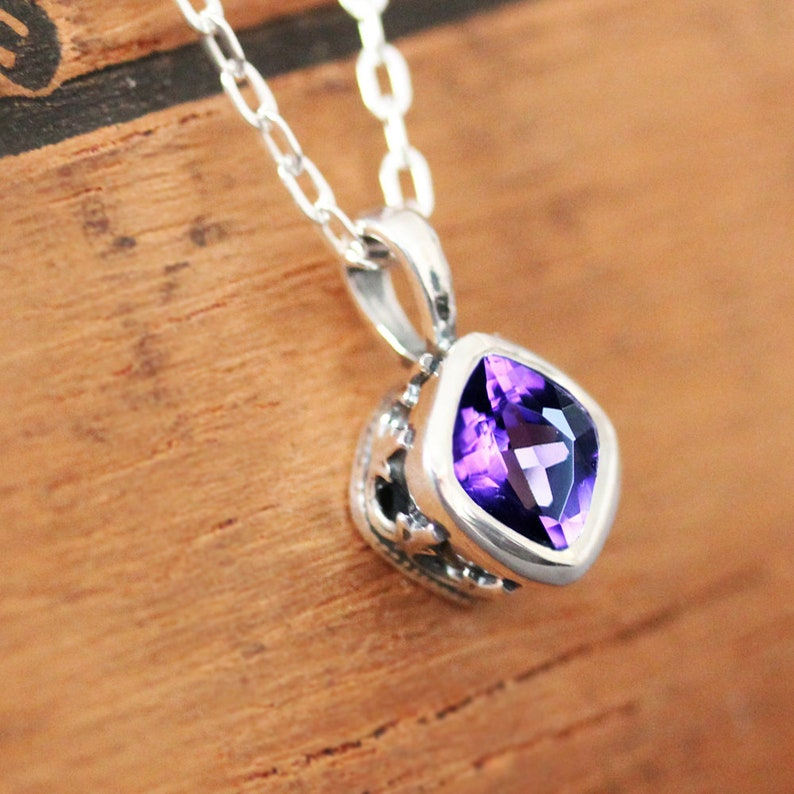 Amethyst necklace sterling silver vintage necklace cushion image 0