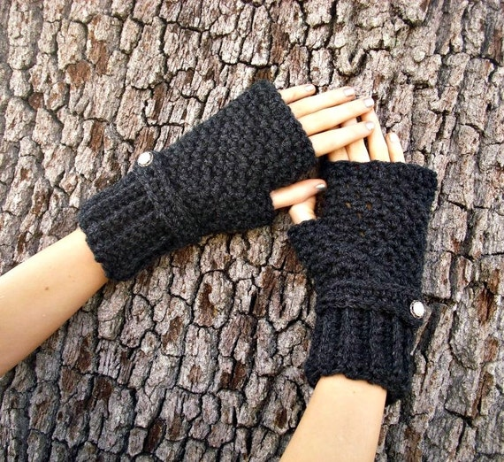 Crocheted Fingerless Gloves Mittens - Fingerless Gloves in Charcoal Heather Dark Grey Gloves - Grey Gloved Grey Mittens