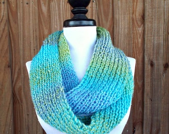 Blue Chunky Scarf Cowl Scarf Circle Scarf Infinity Scarf Infinity Cowl in Blue Green Lakeside - Blue Scarf Womens Accessories