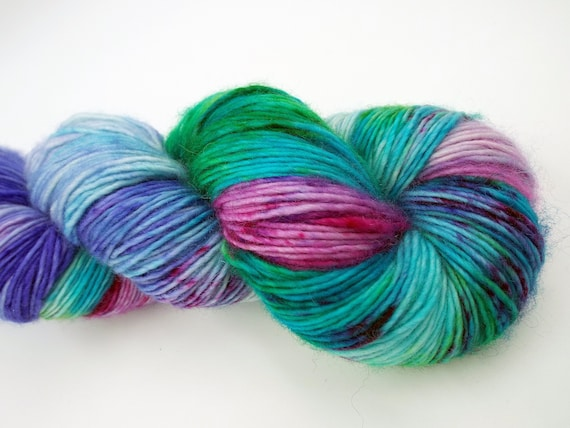 Hand Dyed Yarn 100% Superwash Merino Single Ply Fingering Weight Yarn Sock Variegated Yarn Speckled Yarn Green Yarn Pink Yarn - Wild Rumpus