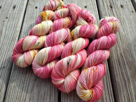 Hand Dyed Yarn - Hand Dyed DK Weight Yarn 100% Superwash Merino Yarn 4 Ply - 231 Yards - Tonal Speckled Yarn Pink Yarn - Apple Blossom