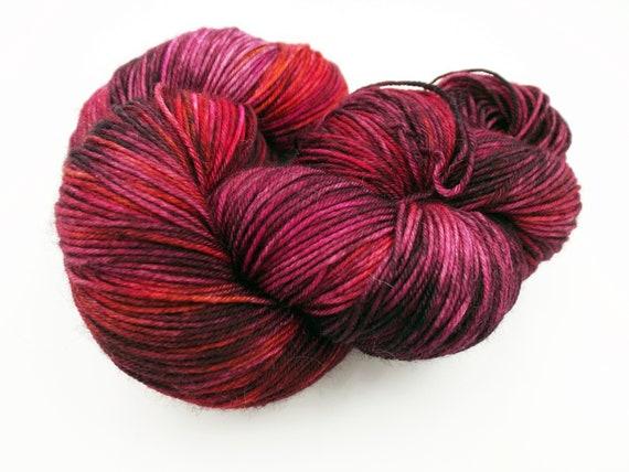 Hand Dyed Yarn Hand Dyed Sock Yarn Superwash Merino Nylon Blend 75/25 Fingering Weight Yarn - Purple Yarn Pink Yarn Speckled Yarn - Vampy