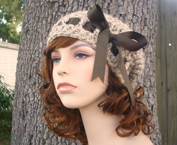Crochet Hat Oatmeal Womens Hat - Escargot Beret in Oatmeal Crochet Hat - Oatmeal Hat Oatmeal Beret Oatmeal Beanie Womens Accessories