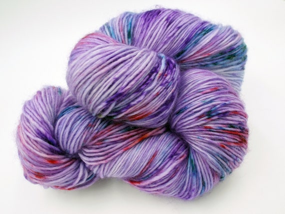 Hand Dyed Yarn 100% Superwash Merino Single Ply Fingering Weight Yarn Sock Yarn - Tonal Purple Yarn Purple Speckled Yarn - Secret Admirer