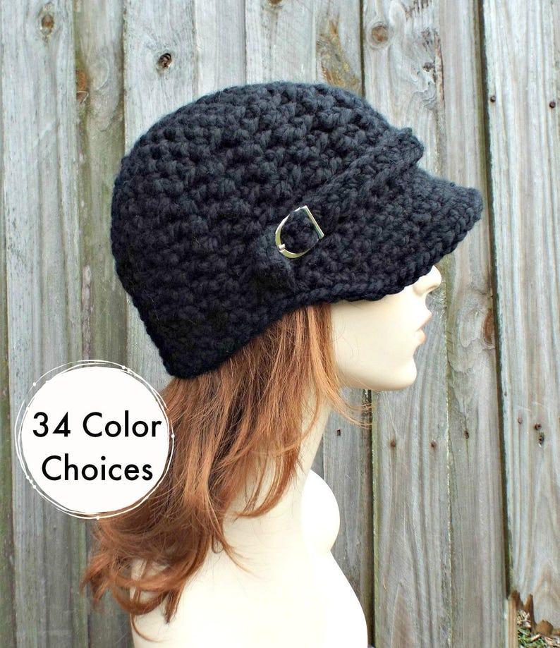 590754e3b Womens Chunky Crochet Black Newsboy Hat - Jockey Cap Visor Beanie with  Buckle - Crochet Accessories