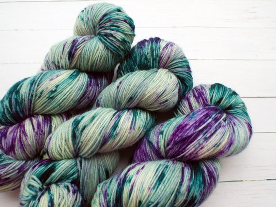 Hand Dyed Yarn Hand Dyed Sock Yarn Superwash Merino Nylon Blend 80/20 Fingering Weight Yarn - Speckled Yarn Sage Green Teal Purple - Neptune