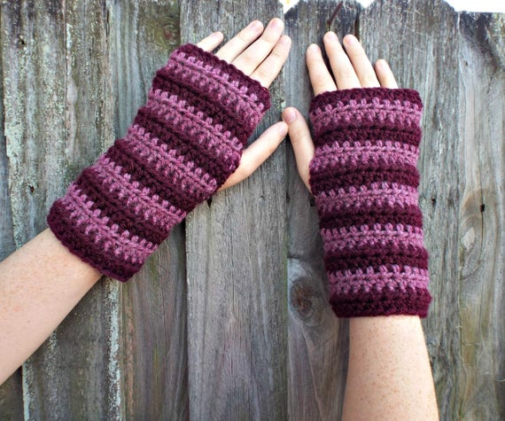 Womens Crocheted Fingerless Gloves Texting Gloves - Pink and Burgundy Fingerless Gloves Mittens - Pink Gloves Pink Mittens Burgundy Gloves