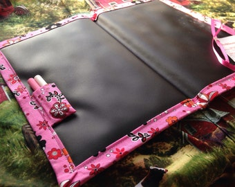 Chalkboard Mat / Large / Pink and Black Flowers