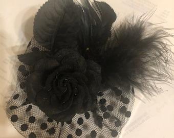 retro Black Flower Stamen Feathers Swiss Dot Tulle Fascinator Hair Clipl