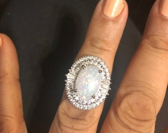 Vintage Oval Opal Crystal silver Cocktail ring  - size 7