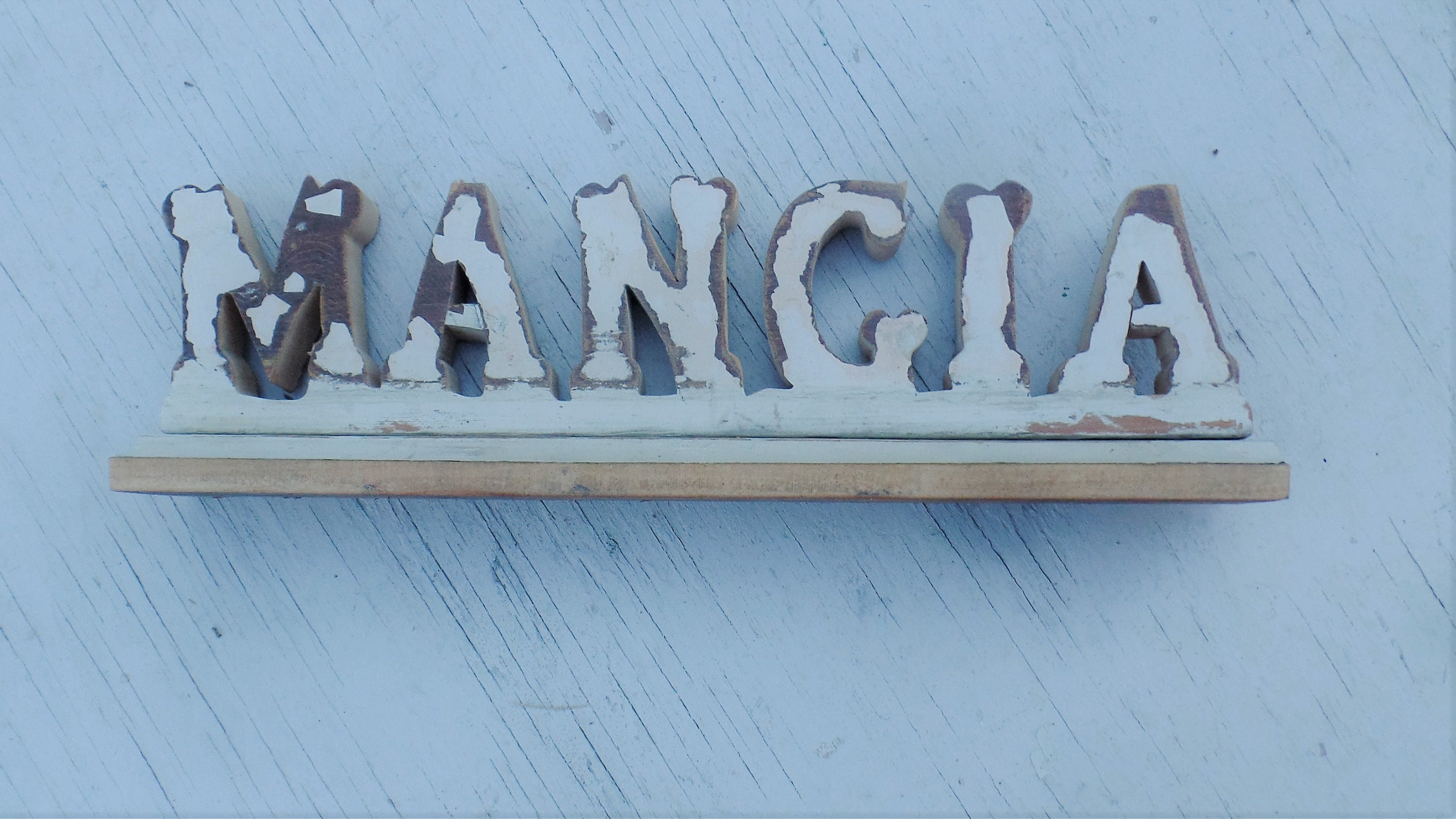 Mangia Salvaged Wood Italian Kitchen Sign Distressed Wooden   Etsy