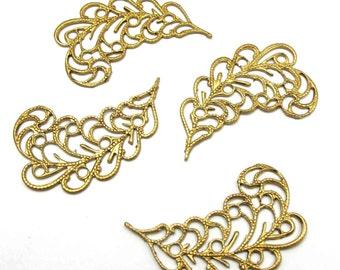 Brass Filigree Leaf Pendant - Mirrored (4X) (M762)