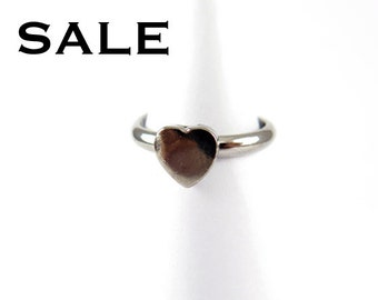 Vintage Rhodium Plated Heart Rings - one size fits most (4X) (J493) SALE - 25% off