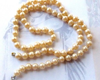 Vintage Glass Faux Pearl Knotted Glass Necklace Findings (15 Inches) (J561)