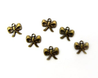 Tiny Vintage Antiqued Brass Bow Charms (40X) (V186)