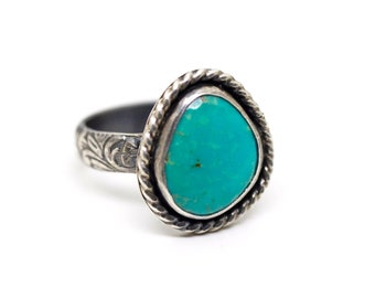 Turquoise Ring. Sterling Silver Ring. Hand Stamped Ring Band. Size 6 Turquoise Ring. Small Simple Stone. Native American Ring. Southwest