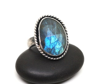 Humble Beginnings Ring Labradorite and Sterling Silver Simple Setting Size 8