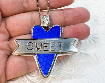 Sweetheart hearsay necklace