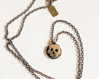 Medium sterling skull pendant necklace