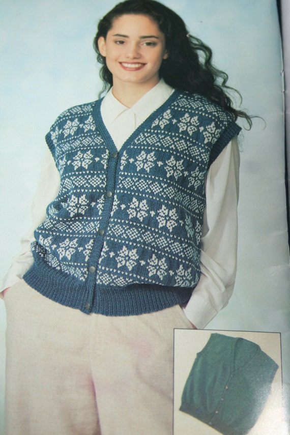 89e34fa9149e82 Knitting Patterns Cardigans and Vests Beehive Patons 708 Women