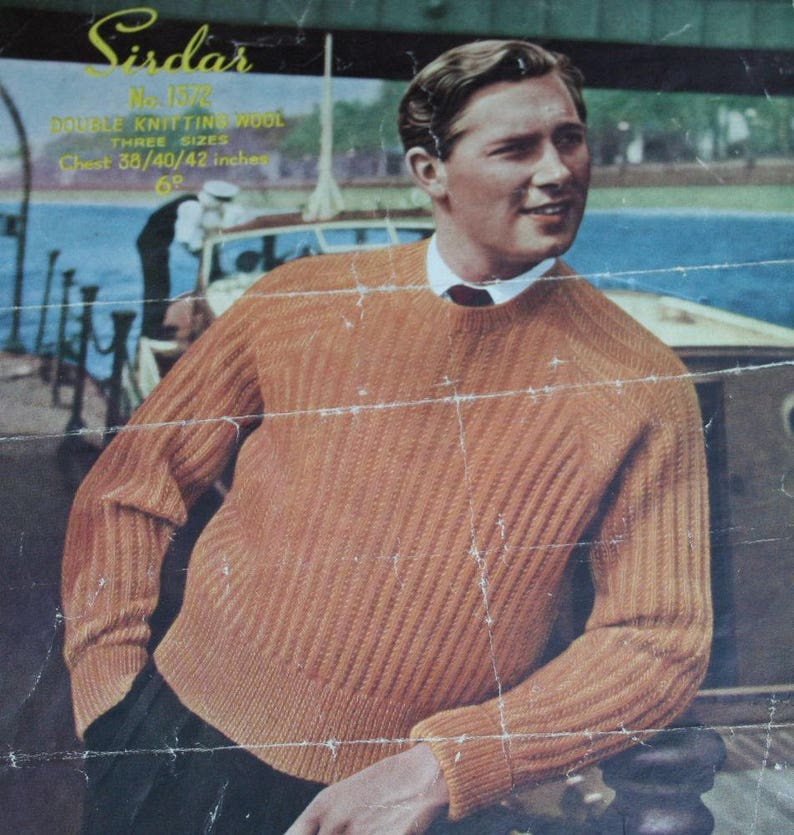 456da1f9e6f320 Men Raglan Sweater Knitting Pattern Sizes 38   40   42 Sirdar