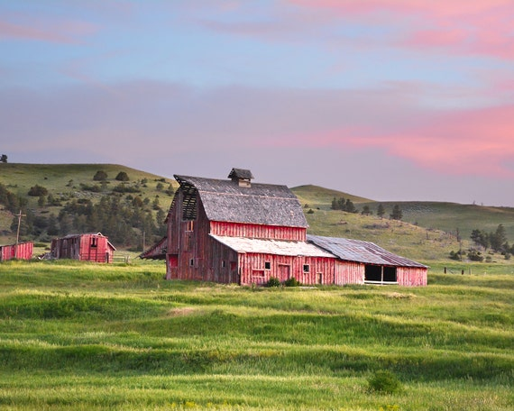 """Sweetgrass Barn"" - landscape photography"