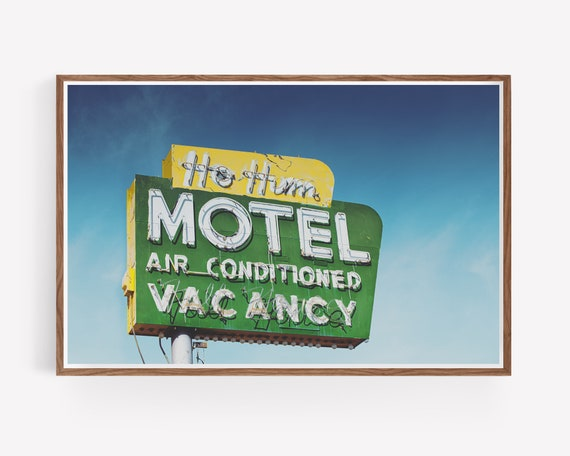 """The Ho Hum Motel"""