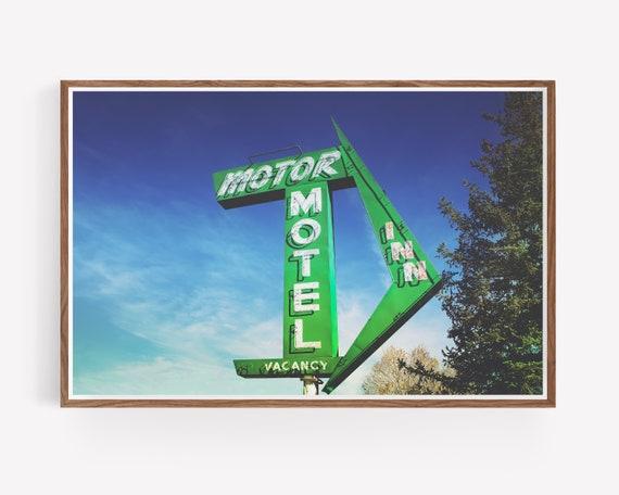 """""""Motor Inn"""""""