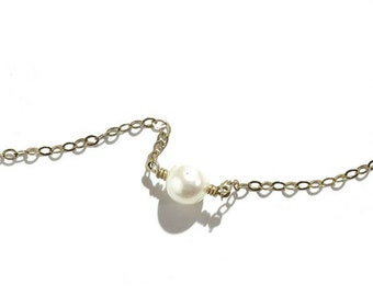 Priceless Pearl Necklace For Women | 1 Pearl Necklace For Moms | Mother's Day Gift | Anniversary Gift For Wife | Birthday Gift For Friend