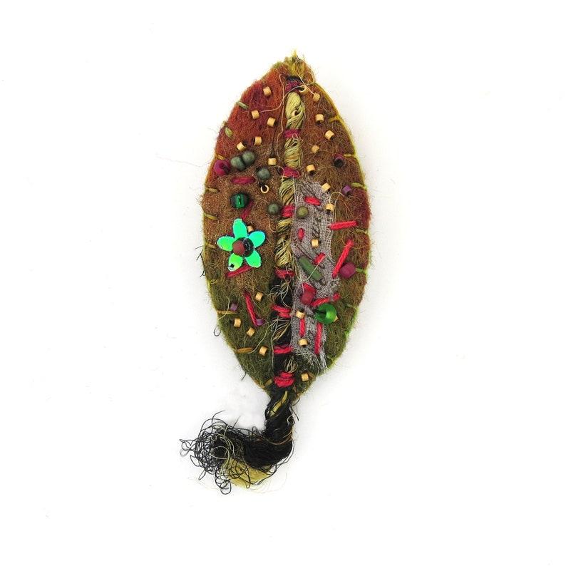 Handmade Felt and Embroidered Pin/Brooch FLOWER Leaf image 0
