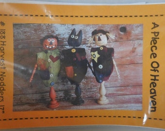 "Primitive Fall & Halloween Decor   Harvest Nodders pattern by ""A Piece of Heaven""."