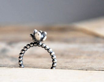 Teeny Succulent Ring / Modern Jewelry