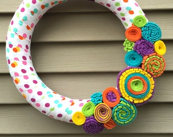 Spring Wreath - Easter Decor - Felt Flower Wreath - Mother's Day Wreath - Felt Wreath - Yarn Wreath - Polka Dot Wreath - Wreath - Polk Dot