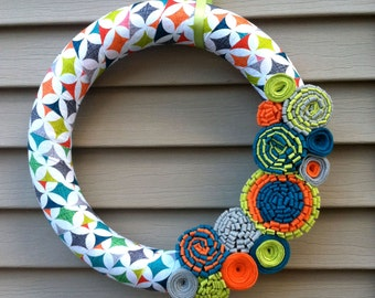 Spring Wreath - Multi Color Patterned Fabric with Felt Flowers. Summer Wreath - Spring Wreath - Fabric Wreath - Felt Flower Wreath