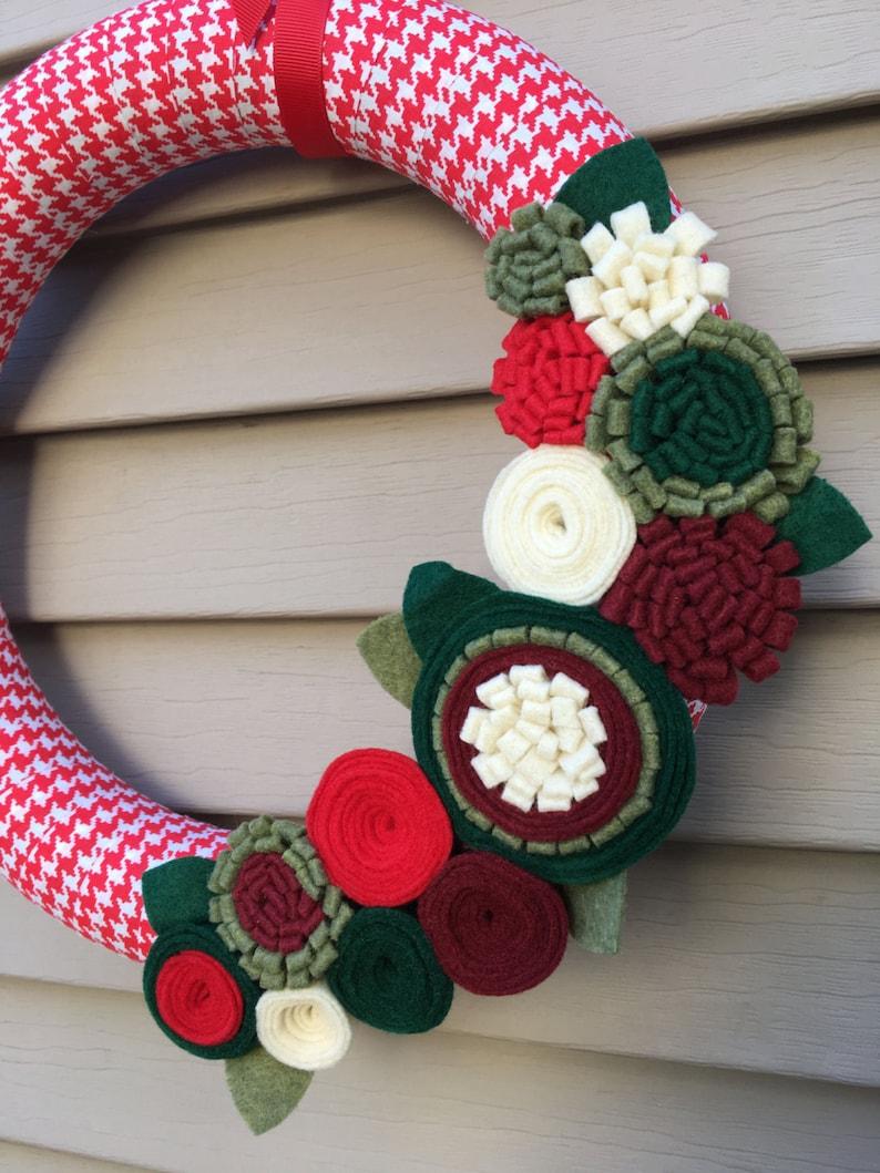 Primitive Wreath Houndstooth Wreath Wreath Felt Flower Wreath Ribbon Wreath Houndstooth Fabric Wreath Christmas Wreath Holiday Wreath