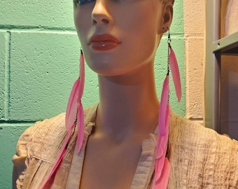 beautiful PINK FEATHERS PEACOCK earrings