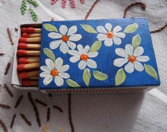 Daisy Matchbox
