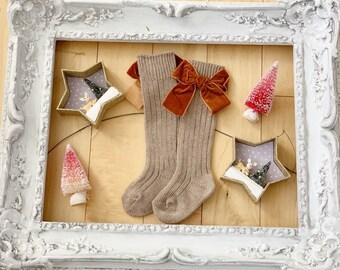 Darling Cinnamon Toast VELVET BOW BABY Socks