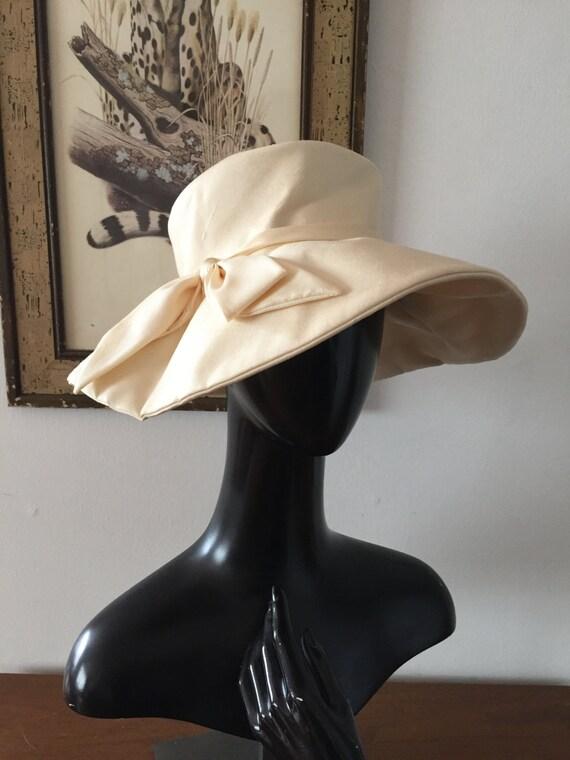 1950s Ivory Silk Wide Brim Wedding Hat