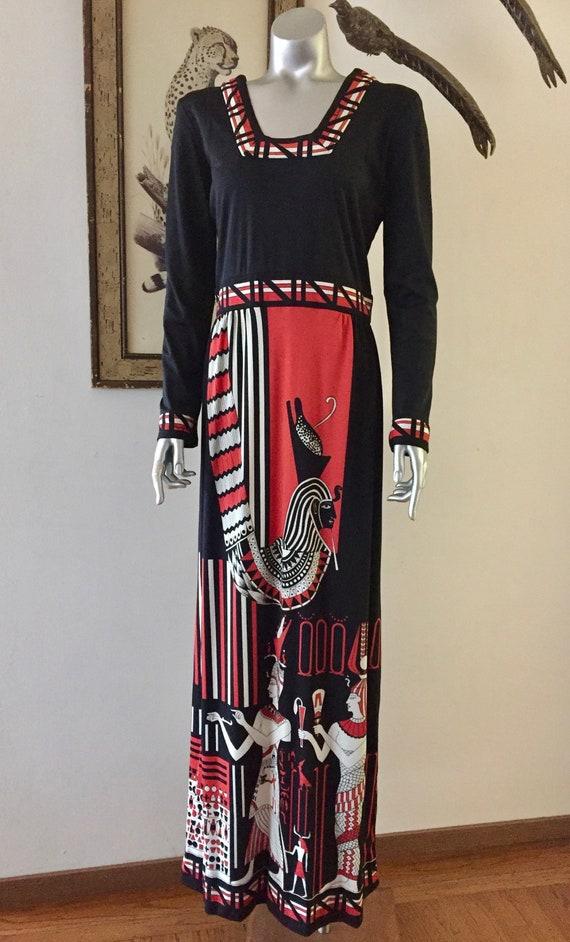 Stunning 1970s Paganne Egyptian Pharoah Print Gown