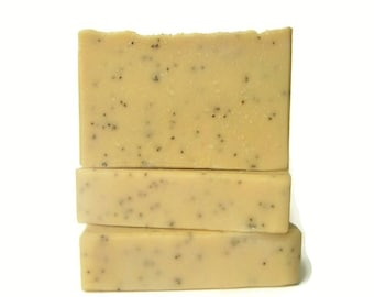 Sugared Lemon Soap with Poppy Seeds - Exfoliating Scrub Bar Made w/ Brazilian Yellow Clay - Fresh Scent - Lemon Meringue - Lemon Drops