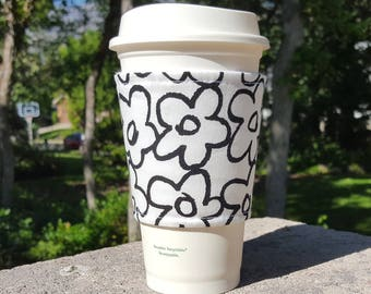 FREE SHIPPING UPGRADE with minimum -  Fabric coffee cozy / cup sleeve / coffee sleeve  / teacher gift / Drawn Daisy