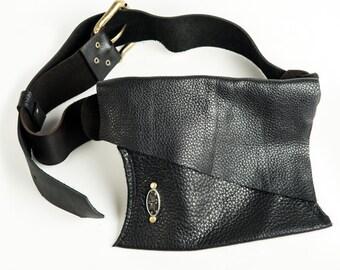 Shi Pocket Belts Black Leather Hip Bag One of a Kind
