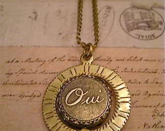 Oui and Non Spinner Necklace