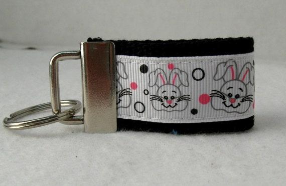 Lapin porte-clé Mini - prêt à navire - porte-clés Pâques - lapin fermeture éclair Pull - noir - bagages identificateur - petite clé