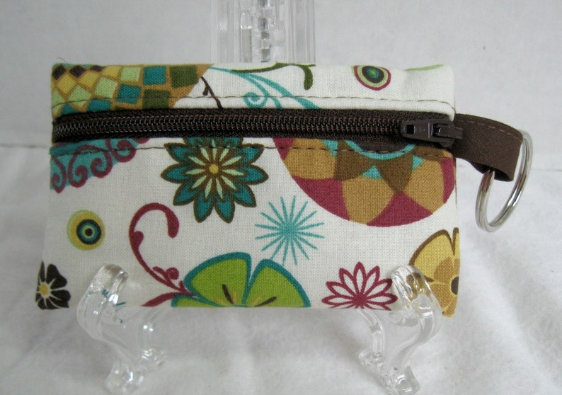 Abstract Floral Cream Change Purse Key Chain Zip Pouch Small Zippered Pouch Coin Purse Floral