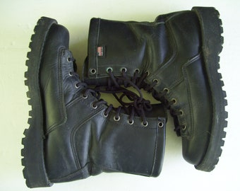 Danner Hiking Boots Leather Boots Vintage Black Military Vibram Soles Urban Prairie Girl Portland Oregon USA Made Women 8 M