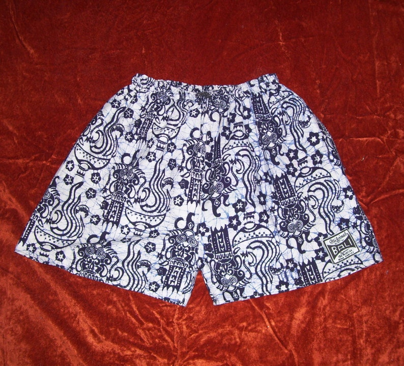 Bali Batik Shorts Mens Baggies Dragon Face Indigo Blue Shorts Swim Suit Trunks Vintage 1970s High Rise Board Pockets Adult Man 30 46 X 3